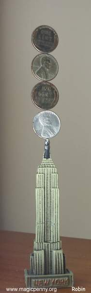 King Kong en el Empire State  by  robin linhope willson
